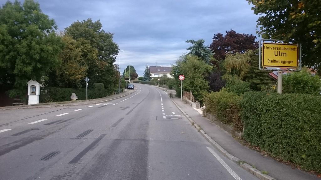 Ortseingang von Eggingen (Südwesten - Ringinger Straße)